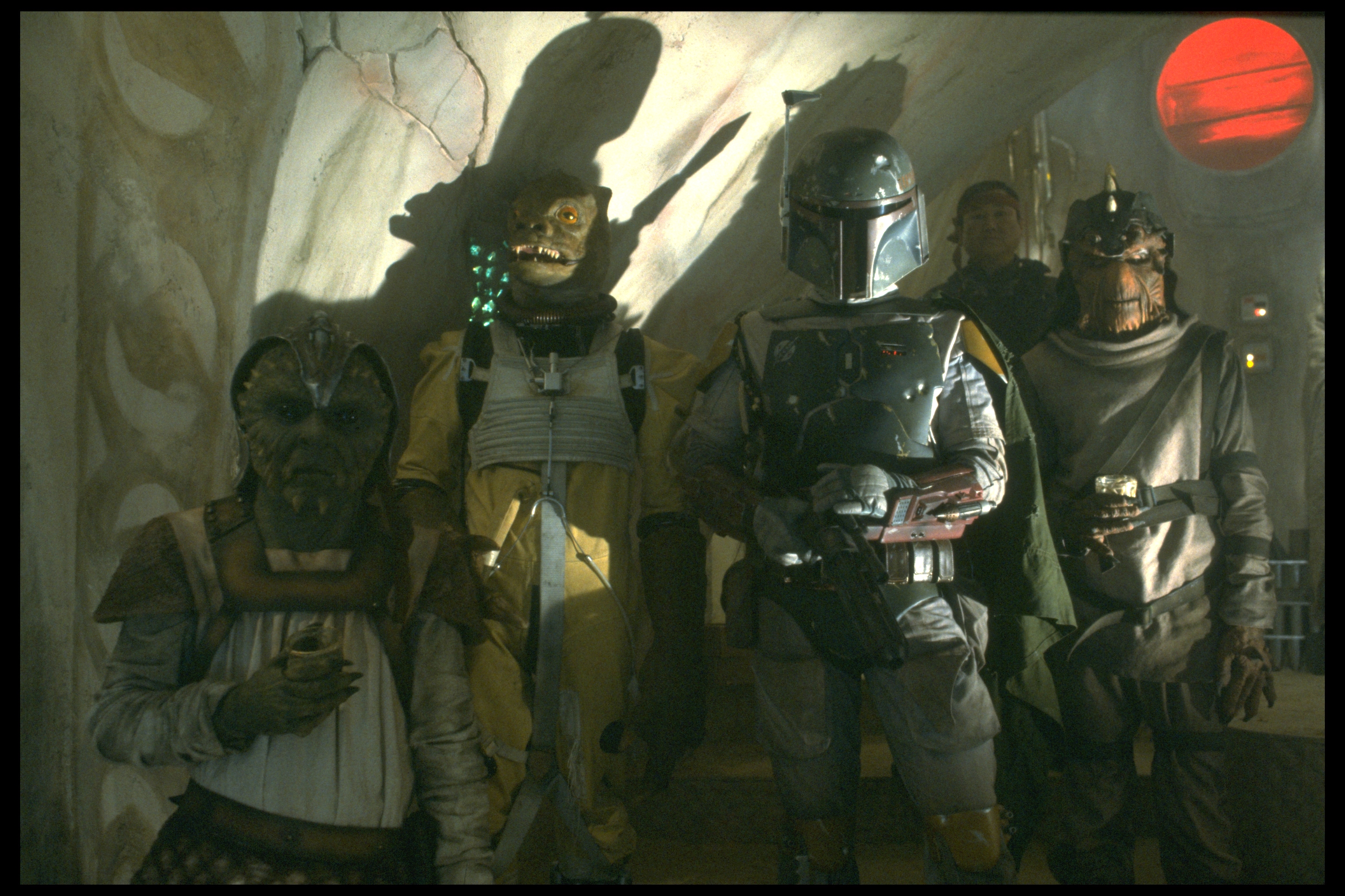 boba-fett-in-jabbas-palace-with-other-bo