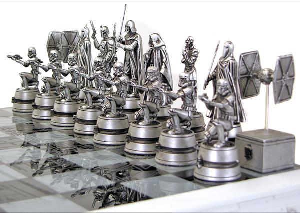 Image Gentle Giant Star Wars Chess Set 2013 Image