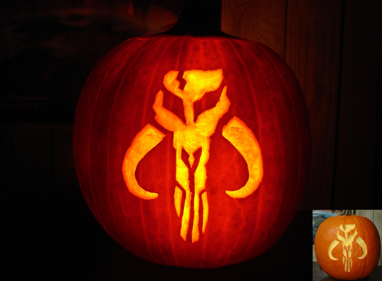 Mandalorian Pumpkin Carving by Tom (aka Hornett)