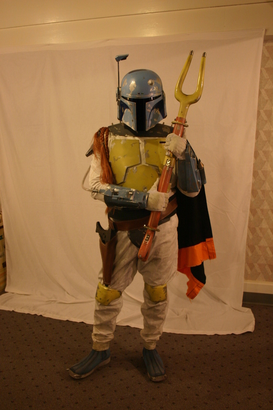 http://www.bobafett.com/multimedia/galleries/albums/userpics/10002/501st_holiday-fett.jpg