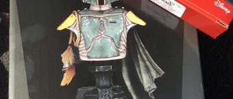 review-of-gamestops-gentle-giant-boba-fett-mini-bust-statue_01