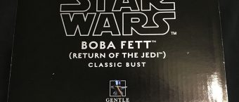 review-of-gamestops-gentle-giant-boba-fett-mini-bust-statue_07