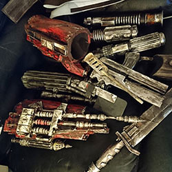 sugarpot-mythos-boba-fett-gauntlets-and-tools-tn